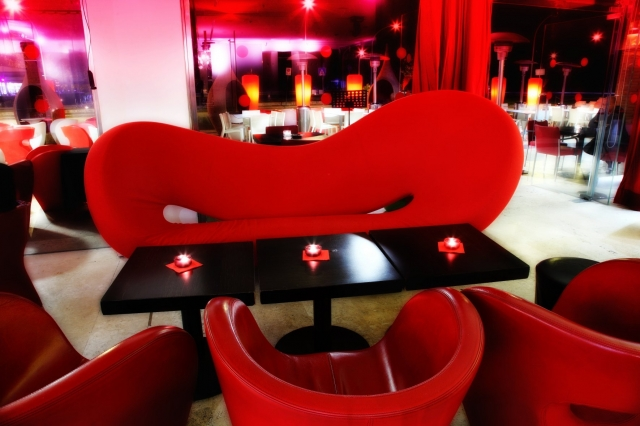 Red -  Restaurant & Design